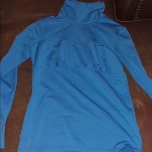 Athleta fleece lined l/s shirt